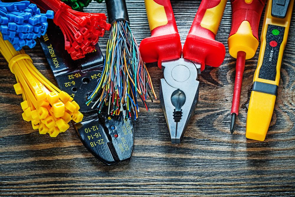 Elektroinstallation werkzeuge