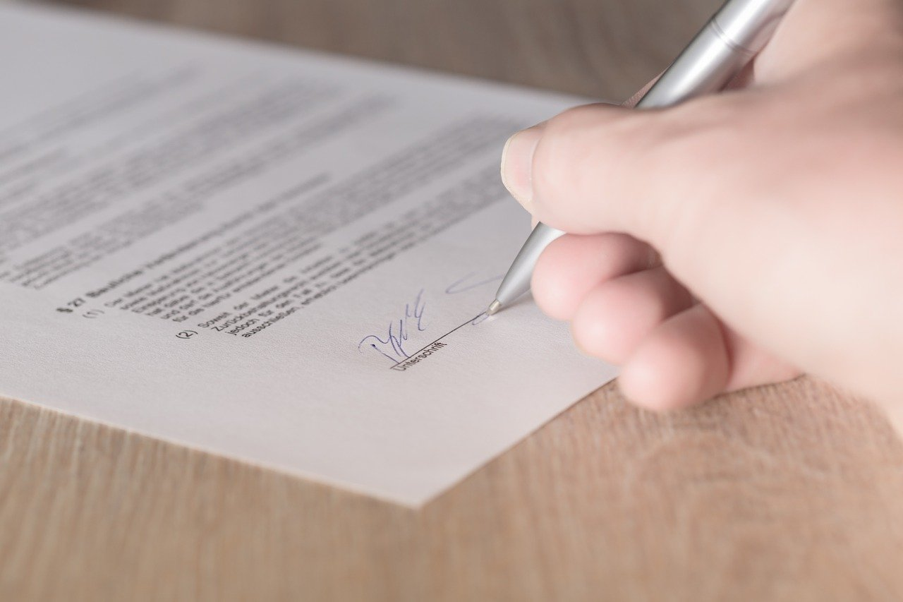 Bauvertrag unterzeichnen